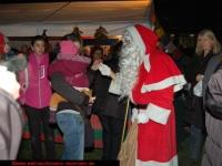 nikolaus-besuch-beim-weihnachtsmarkt-klinikum-ludwigshafen-06-12-2012-13