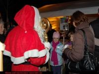 nikolaus-besuch-beim-weihnachtsmarkt-klinikum-ludwigshafen-06-12-2012-14