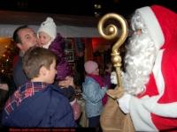 nikolaus-besuch-beim-weihnachtsmarkt-klinikum-ludwigshafen-06-12-2012-15