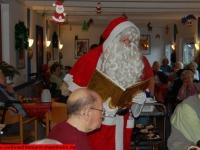 weihnachtsmann-besuch-altersheim-hemsbach-06-dezember-2013-2
