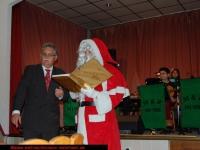 nikolaus-besuch-kinder-bescherung-schrebergarten-verein-viernheim-am-08-12-2012-1