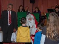 nikolaus-besuch-kinder-bescherung-schrebergarten-verein-viernheim-am-08-12-2012-13