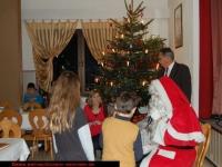 nikolaus-besuch-kinder-bescherung-schrebergarten-verein-viernheim-am-08-12-2012-16